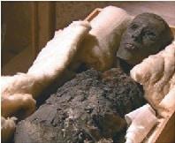 La leyenda de la momia que sigue con los ojos abiertos
